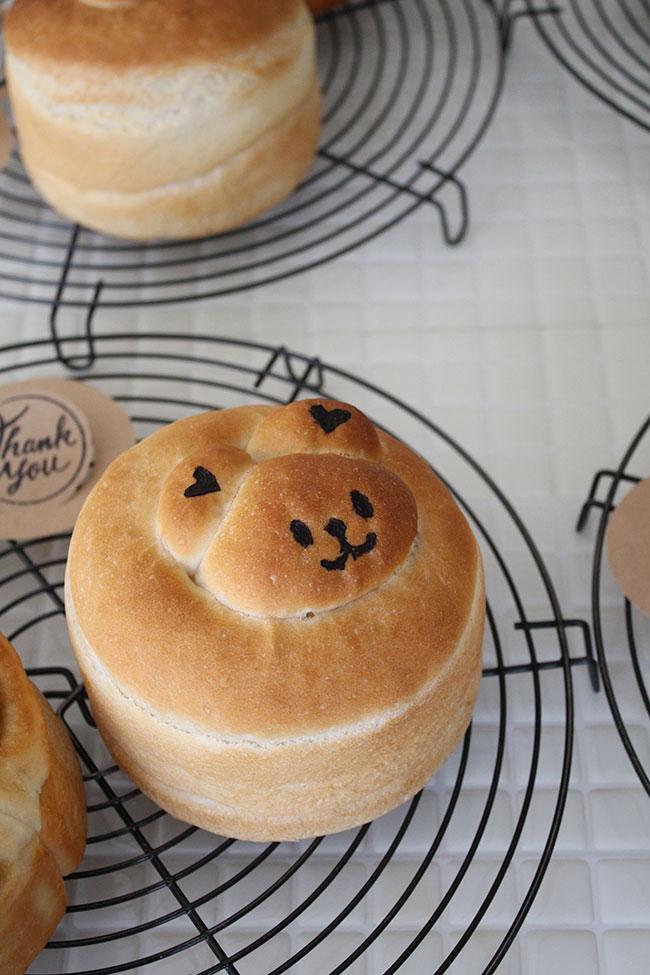 丸くま食パン